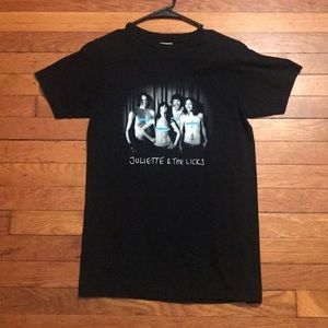 Juliette and the Licks Band T Shirt Men's Small
